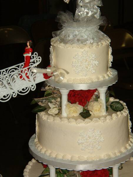 Closeup of Snowflake Detail wedding cake