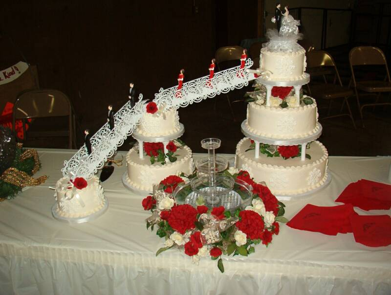 red and white wedding cakes with fountains stairs amp attendants wedding cake strawberry 19103