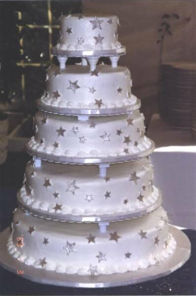 Wedding cake silver stars